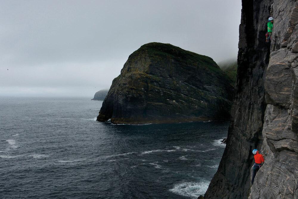 Berge aus Fels und Wasser – Hebriden: Segeln und Klettern vor Schottlands Küsten