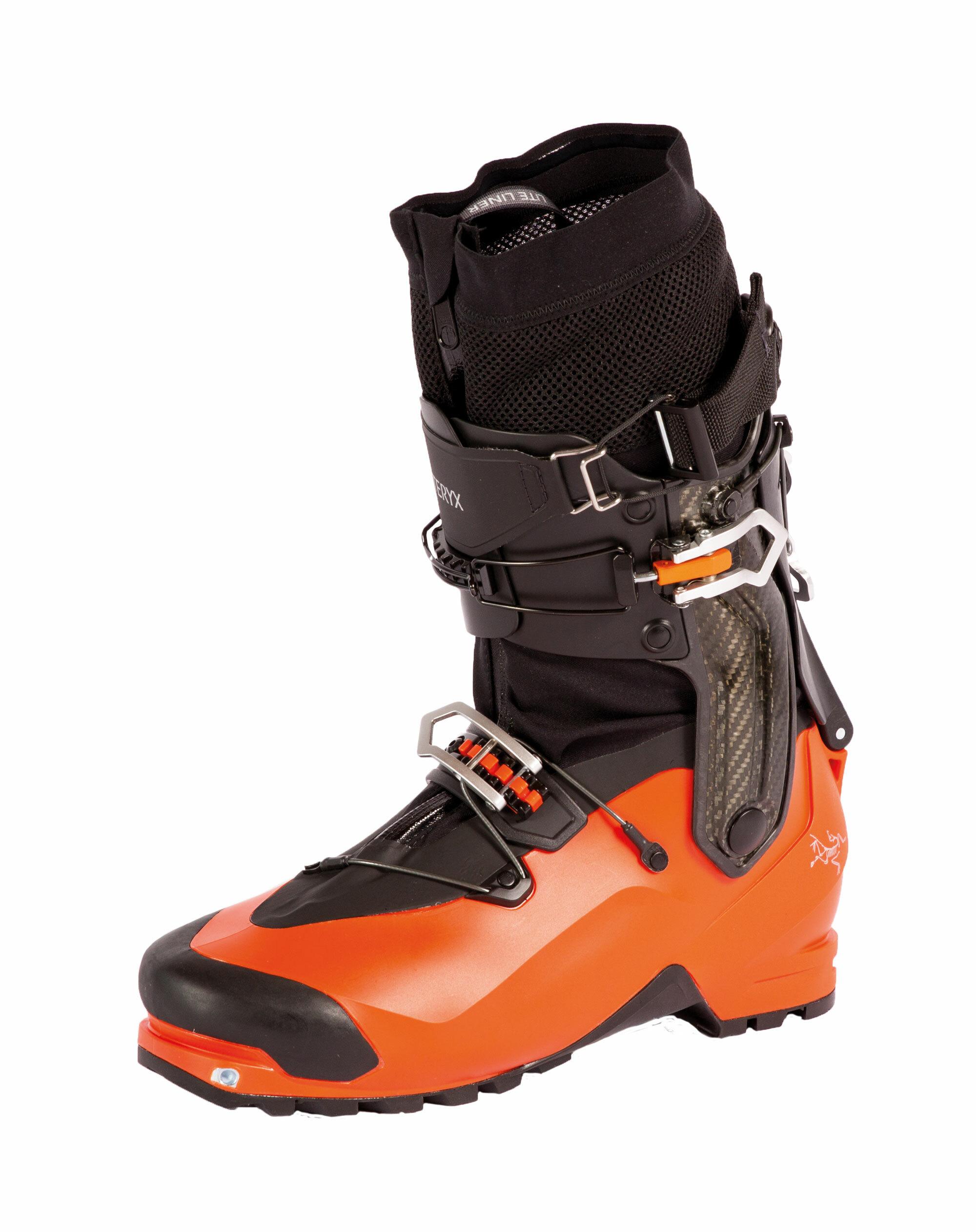 Starke Leichtgewichte – Neue Skitouren- und Freetouringschuhe