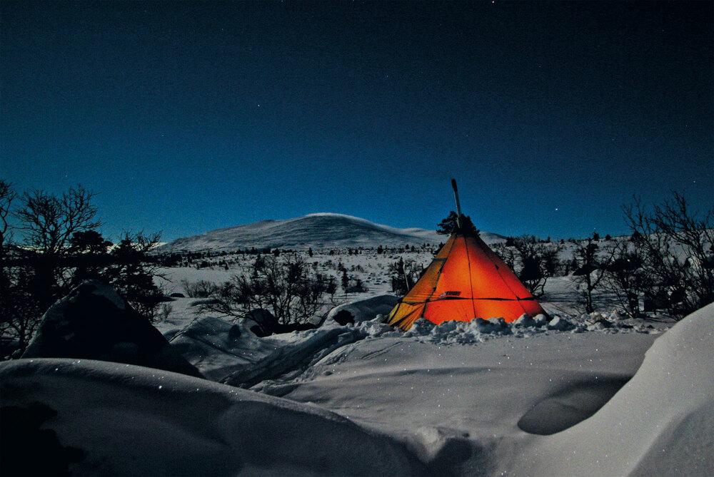 Draussen übernachten – Biwakieren und Campieren im Winter