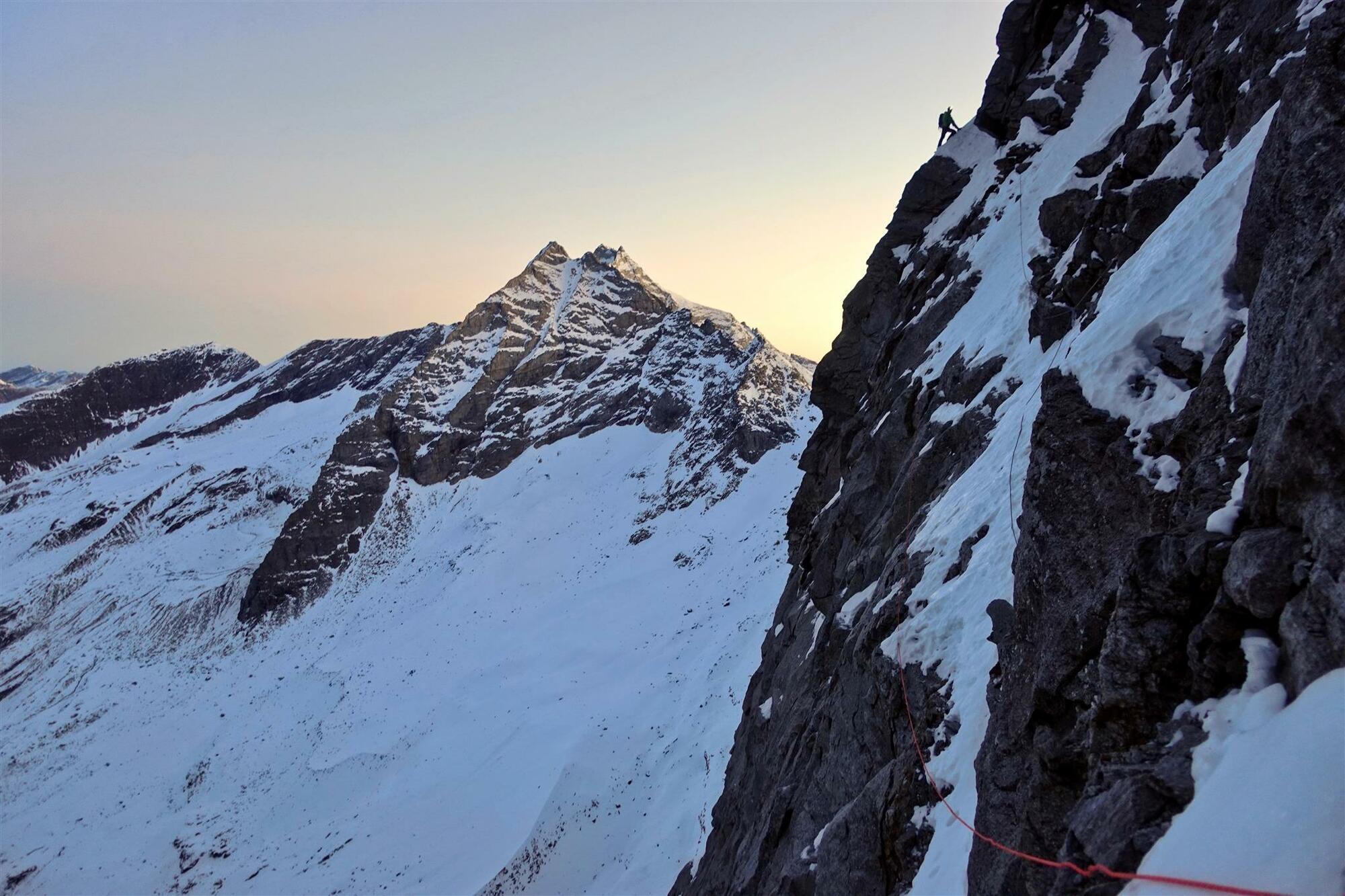 Luka Lindič und Ines Papert gelingt Erstbegehung an der Sagwandspitze Nordwand