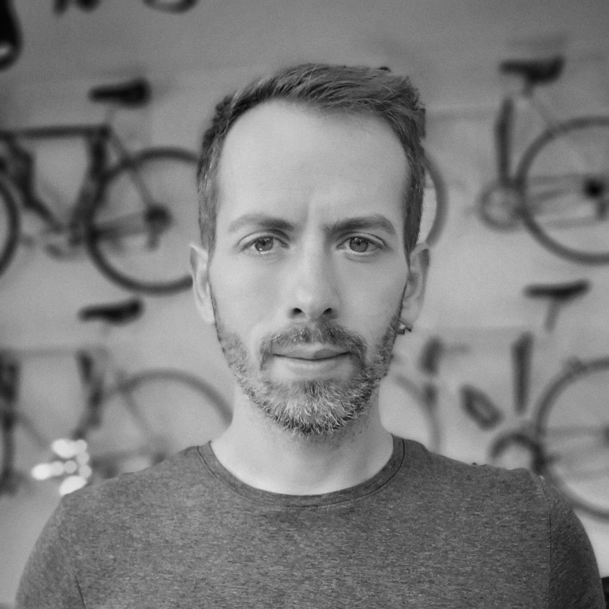 Kurzinterview mit dem «Dead Ends & Cake» Veranstalter Dominik Bokstaller